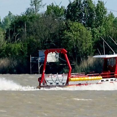 Bourg-gironde-estuaire-bateau